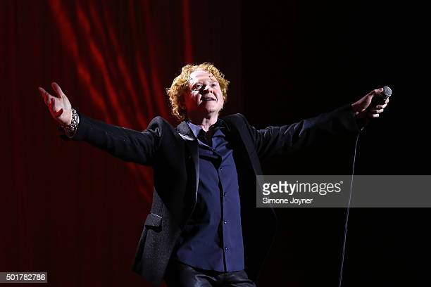 Singer Mick Hucknall of Simply Red performs live on stage at The O2 Arena on December 17 2015 in London England