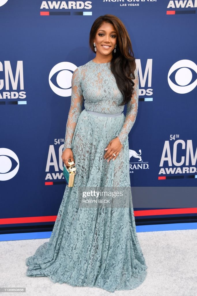US-ENTERTAINMENT-MUSIC-COUNTRY-AWARD-ARRIVALS : News Photo