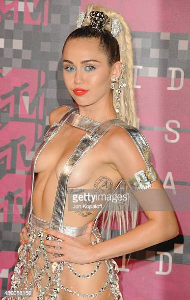 Singer Miley Cyrus arrives at the 2015 MTV Video Music Awards at Microsoft Theater on August 30, 2015 in Los Angeles, California.
