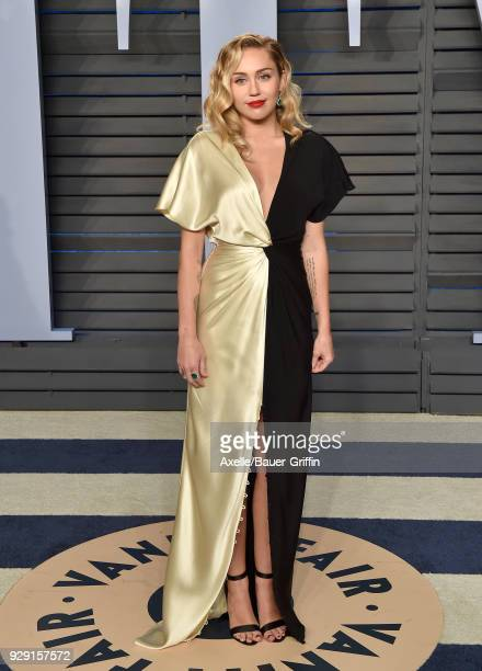 Singer Miley Cyrus attends the 2018 Vanity Fair Oscar Party hosted by Radhika Jones at Wallis Annenberg Center for the Performing Arts on March 4,...