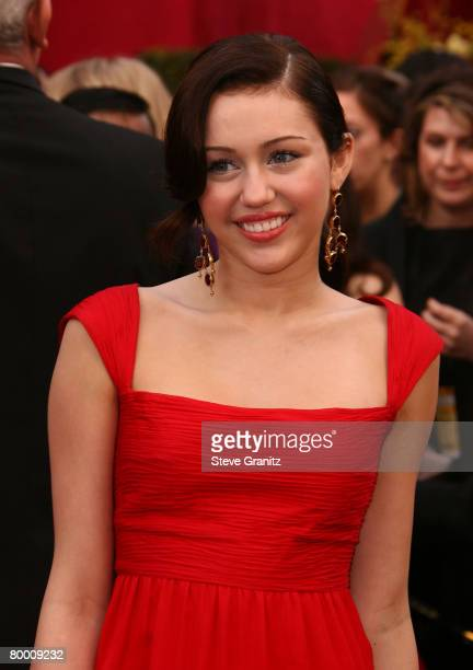 Singer Miley Cyrus attends the 80th Annual Academy Awards at the Kodak Theatre on February 24, 2008 in Los Angeles, California.