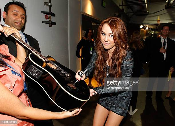 Singer Miley Cyrus backstage during the 52nd Annual GRAMMY Awards held at Staples Center on January 31, 2010 in Los Angeles, California.