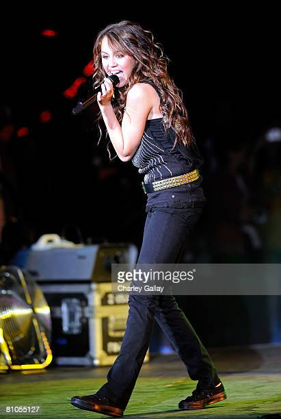 Singer Miley Cyrus performs during the KIISFM's 2008 Wango Tango concert held at the Verizon Wireless Amphitheater on May 10 2008 in Irvine California