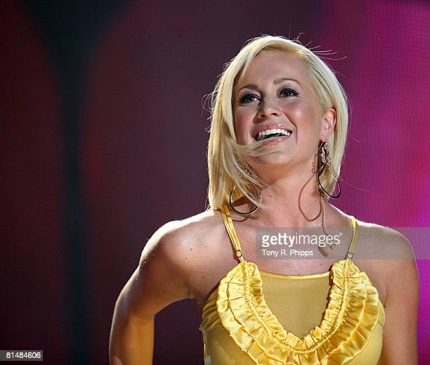 Singer, musician Kellie Pickler performs onstage during the VAULT Concert Stages during the 2008 CMA Music Festival on June 5, 2008 at LP Field in...