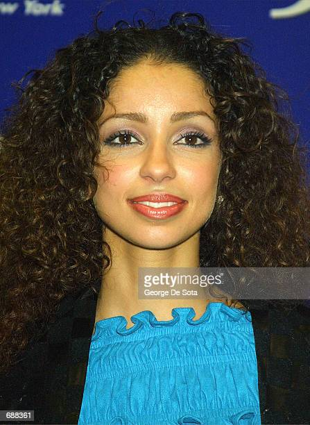 Singer Mya attends the radio station KTUs Fourth Annual Miracle on 34th Street concert December 18, 2001 at Madison Square Garden in New York City.