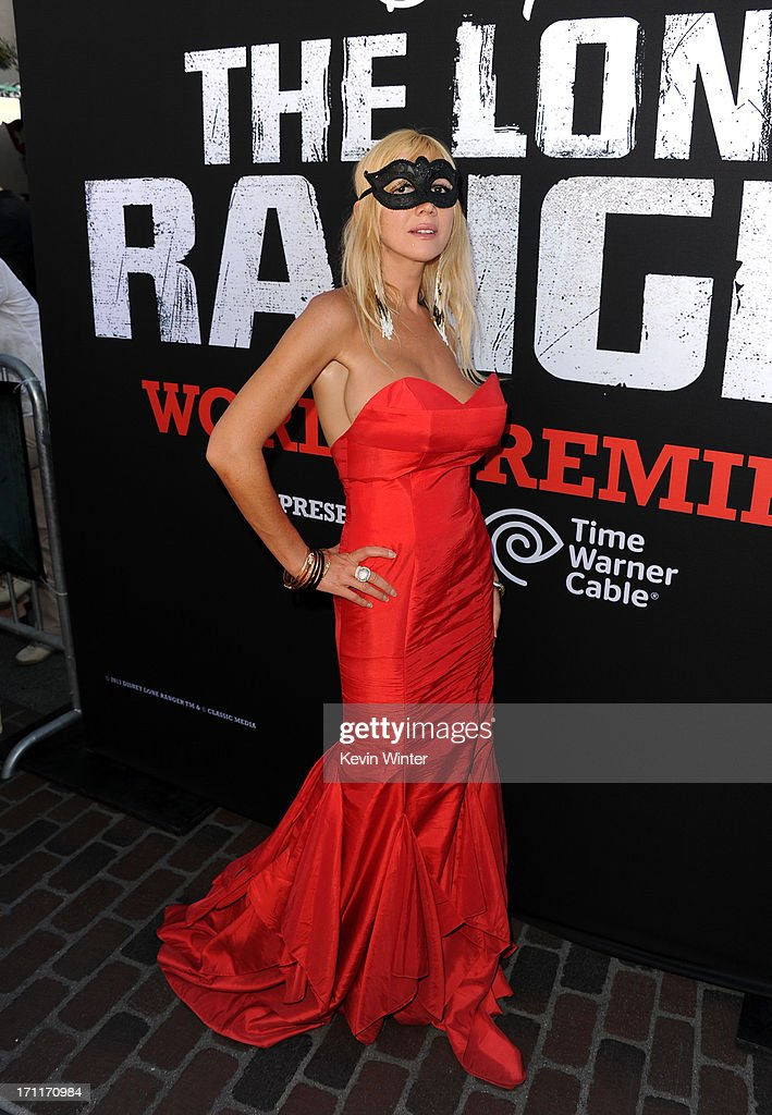 """Premiere Of Walt Disney Pictures' """"The Lone Ranger"""" - Red Carpet : News Photo"""