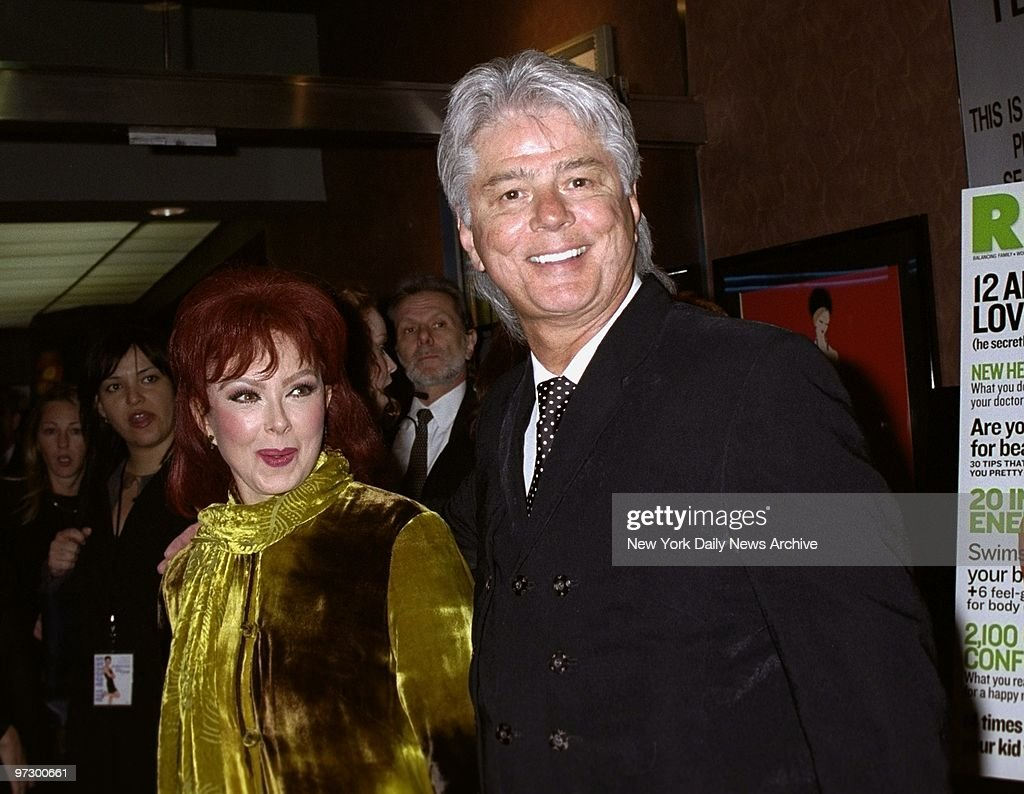 Naomi Judd met charmante, man Larry Strickland