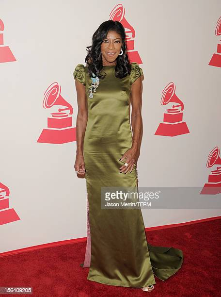 Singer Natalie Cole arrives at the 2012 Latin Recording Academy Person Of The Year honoring Caetano Veloso at the MGM Grand Garden Arena on November...