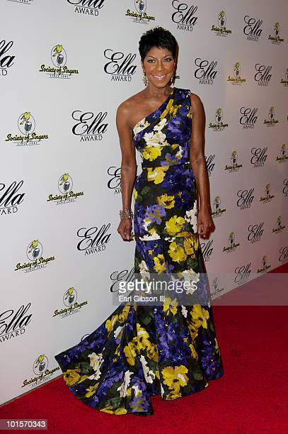 Singer Natalie Cole is all smiles on the red carpet as she arrives to receive the Ella Award presented by The Society of Singers at The Beverly...