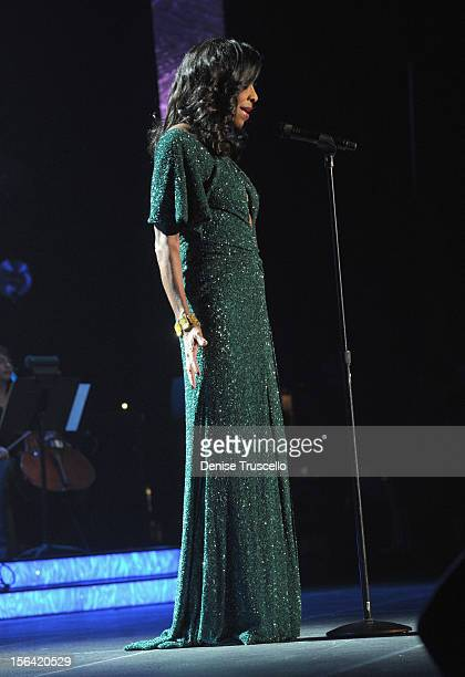 Singer Natalie Cole performs onstage during the 2012 Person of the Year honoring Caetano Veloso at the MGM Grand Garden Arena on November 14 2012 in...