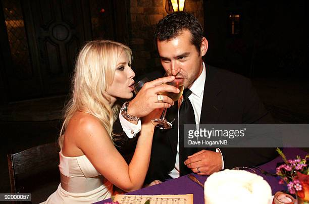 Singer Natasha Bedingfield and Matt Robinson pose during the reception following their wedding ceremony held at Church Estate Vinyards on March 21...