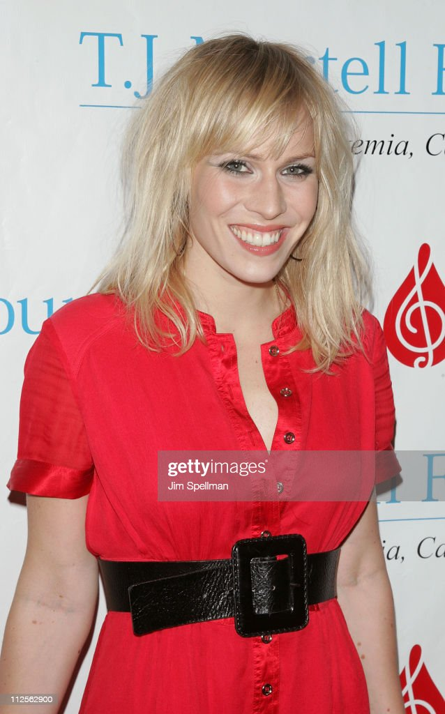 Singer Natasha Bedingfield arrives at the 32nd Annual T.J. Martell Foundation Gala at the New York Hilton and Towers On October 23, 2007 in New York City.