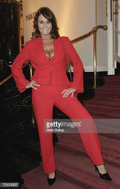 Singer Nathalie Kollo attends the Artists Against AIDS gala at the Theater des Westens November 6 2006 in Berlin Germany