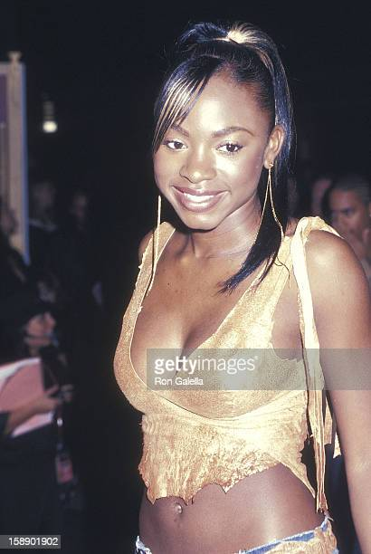 Singer Naturi Naughton of 3LW attends the 19th Annual MTV Video Music Awards on August 29 2002 at Radio City Music Hall in New York City