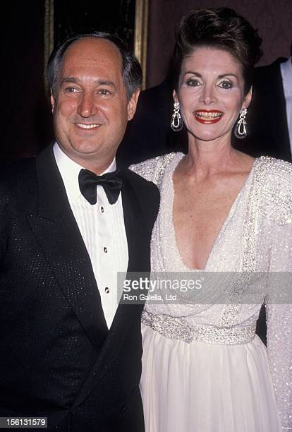 Singer Neil Sedaka and wife Leba Strassberg attending 'Awards for Artistic Achievement Benefiting the American Cancer Society' on May 31 1990 at the...