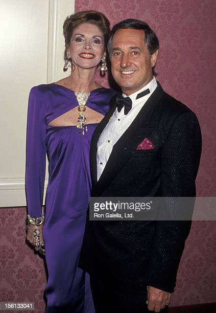 Singer Neil Sedaka and wife Leba Strassberg attending 'Gala Dinner Honoring Gloria Estefan and Mary McFadden' on October 26 1993 at Casita Maria in...