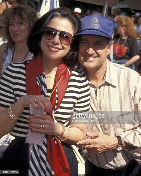 Singer Neil Sedaka and wife Leba Strassberg attending the Highwaymen concert on May 23 1993 at Central Park in New York City New York