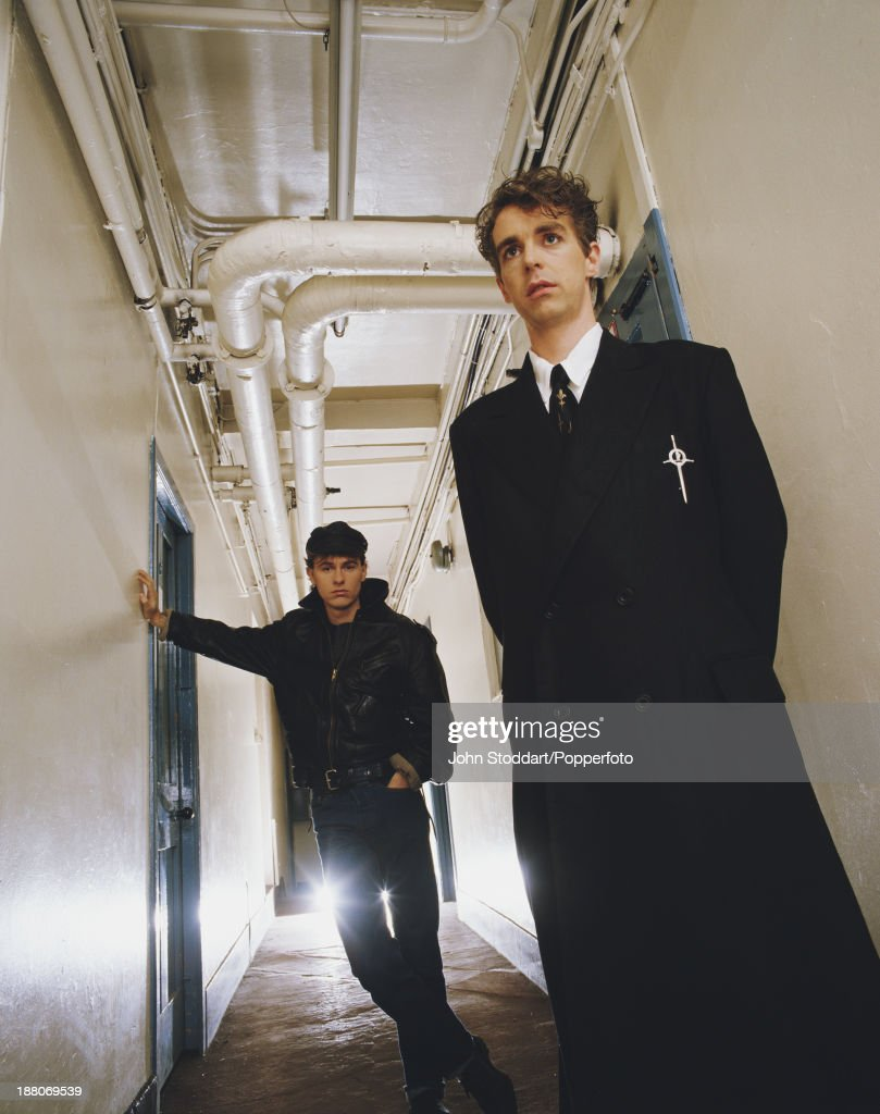 Singer Neil Tennant (right) and keyboard player Chris Lowe of English electronic dance music duo the Pet Shop Boys, circa 1985.