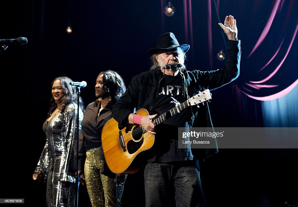MusiCares Person Of The Year Tribute To Bob Dylan - Roaming Show : News Photo