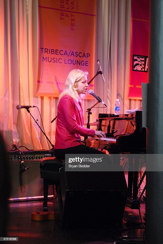 Tribeca/ASCAP Music Lounge Presents Nellie McKay At Canal Room : Nachrichtenfoto