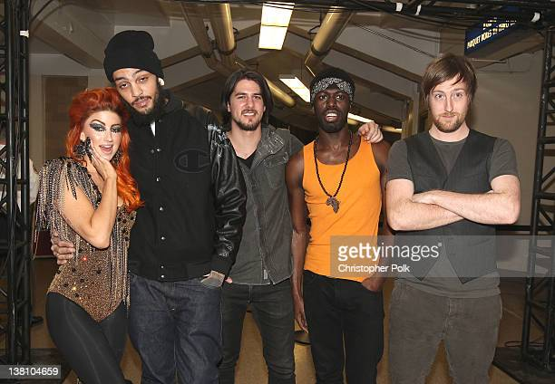 Singer Neon Hitch musicians Travie McCoy Eric Roberts Disashi LumumbaKasongo and Matt McGinley of Gym Class Heroes attend VH1's Super Bowl Fan Jam at...