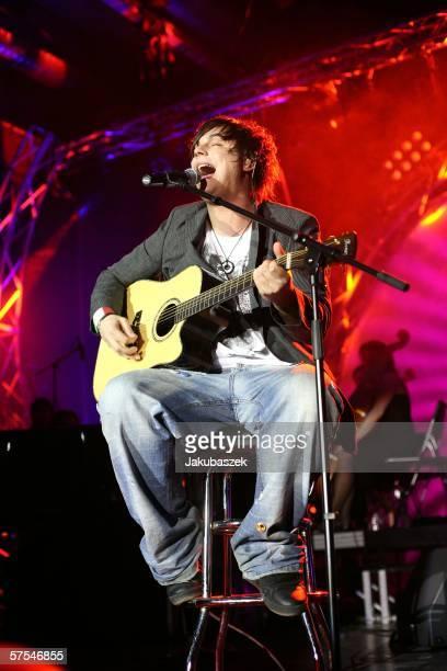 Singer Nevio Passaro third of the german idol show Deutschland sucht den Superstar performs live at the Columbiahalle May 06 2006 in Berlin Germany...