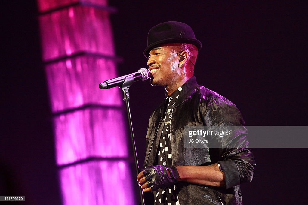 Singer Ne-Yo performs on stage during Power 106's Valentine's Day Concert at Nokia Theatre L.A. Live on February 14, 2013 in Los Angeles, California.
