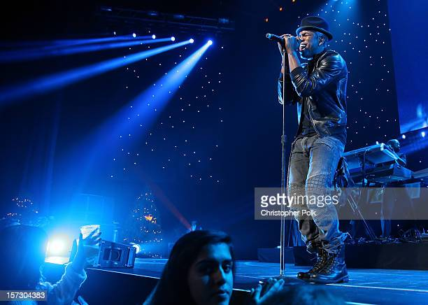 Singer NeYo performs onstage during KIIS FM's 2012 Jingle Ball at Nokia Theatre LA Live on December 1 2012 in Los Angeles California