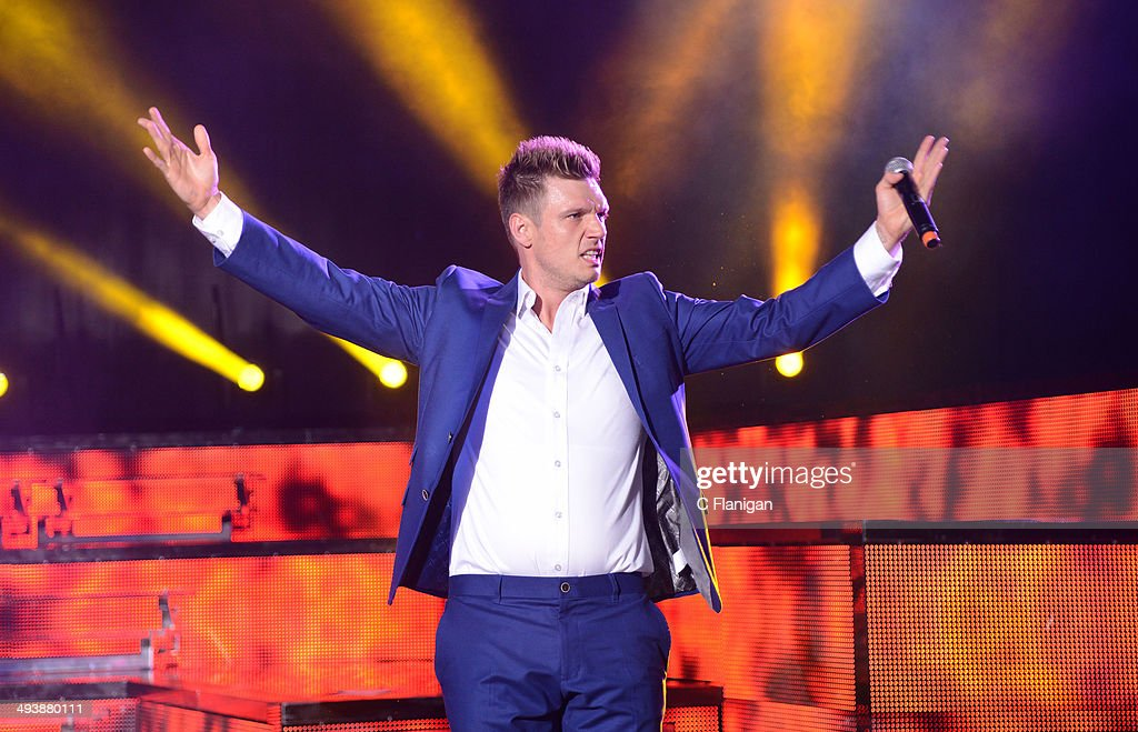Singer Nick Carter of the Backstreet Boys performs during the 'In a World Like This' summer tour at Shoreline Amphitheatre on May 25, 2014 in Mountain View, California.