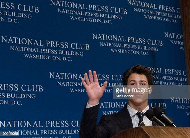 Singer Nick Jonas of the Jonas Brothers discusses juvenile diabetes at The National Press Club on August 24 2009 in Washington DC