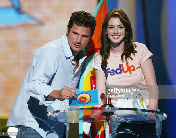 Singer Nick Lachey and actress Anne Hathaway speak on stage at The 2004 Teen Choice Awards held on August 8, 2004 at Universal Amphitheater, in...