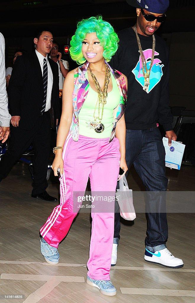 Singer Nicki Minaj arrives at Narita International Airport on March 20, 2012 in Narita, Japan.