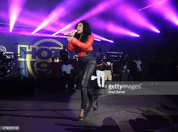 singer Nicki Minaj performs at the 2015 Hot 97 Summer Jam at MetLife Stadium on June 7 2015 in East Rutherford New Jersey