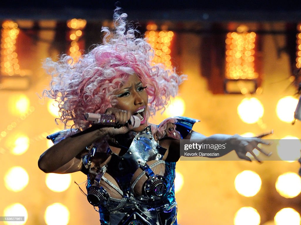 2011 American Music Awards - Show : News Photo