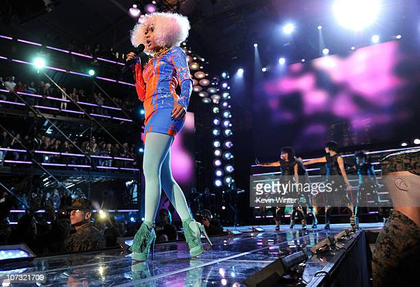 Singer Nicki Minaj performs onstage during VH1 Divas Salute the Troops presented by the USO at the MCAS Miramar on December 3 2010 in Miramar...