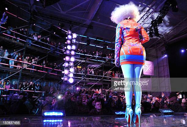 Singer Nicki Minaj performs onstage during 'VH1 Divas Salute the Troops' presented by the USO at the MCAS Miramar on December 3 2010 in Miramar...