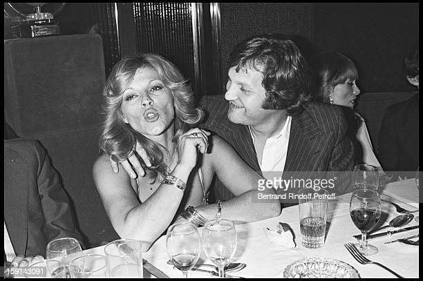 Singer Nicoletta and JeanJacques Debout during a party at Elysee Matignon night club in Paris in 1977