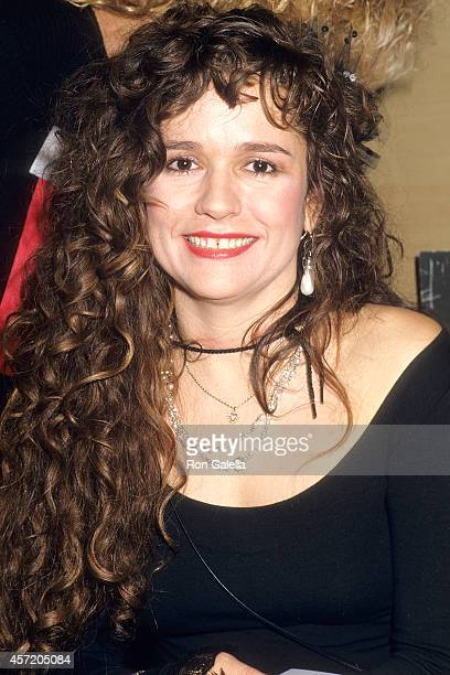 Singer Nicolette Larson attends the American Video Association's Fifth Annual American Video Awards on February 26 1987 at the Scottish Rite...