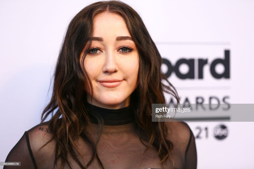 The '2017 Billboard Music Awards' and ELLE Present Women In Music at YouTube Space LA : News Photo