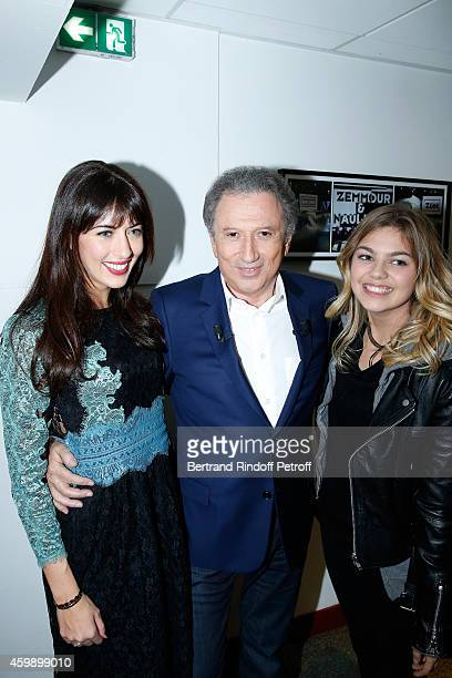 Singer Nolwenn Leroy presenter of the show Michel Drucker and singer and actress Louane Emera attend the 'Vivement Dimanche' French TV Show special...