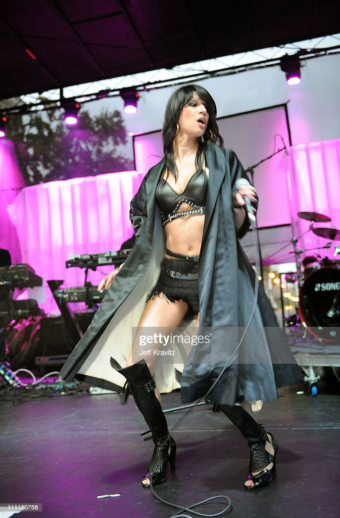 Singer Nomi Ruiz from Hercules and Love Affair performs at the 2008 Detour Festival on October 4, 2008 in Los Angeles, California.