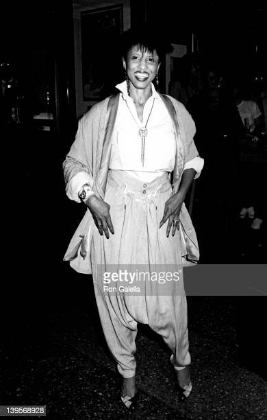 Singer Nona Hendryx attends the premiere of 'Perfect' on May 29 1985 at the Coronet Theater in New York City
