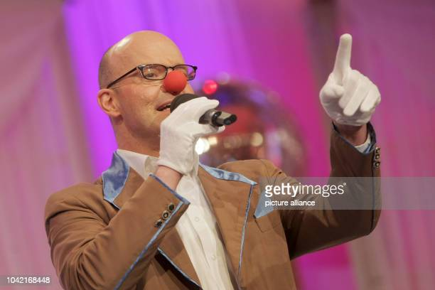 Singer Oliver Mager performs during the dress rehearsal for the televised carnival seesion 'Mainz stays Mainz singing and laughing' at the Electoral...