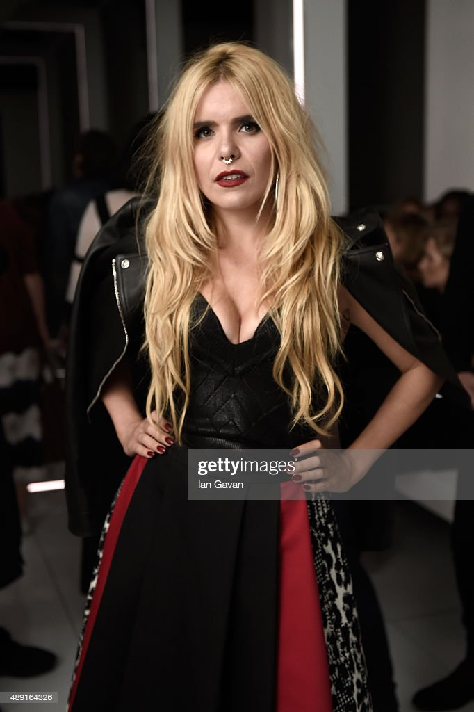 Singer Paloma Faith attends the Versus show during London Fashion Week SS16 on September 19, 2015 in London, England.