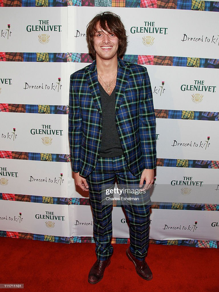 9th Annual Dressed To Kilt Benefit - Arrivals : News Photo