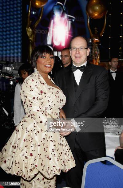 Singer Patti Labelle and Prince Albert II of Monaco attend the 2007 World Music Awards held at the Sporting Club on November 4 2007 in Monte Carlo...