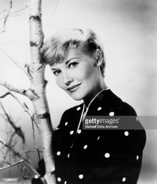 Singer Patti Page poses for a portrait circa 1956 in New York City New York