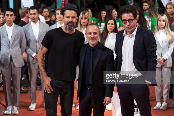 Singer Pau Dones Spanish actor Javier Gutierrez and producer Daniel Ecija attend 'Estoy Vivo' premiere during the FesTVal 2017 at the Principal...