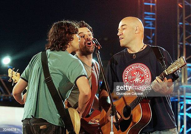Singer Pau Dons of Jarabe de Palo's performs on stage at the Festivalbar on May 31 2003 at the Arena di Milano in Milan
