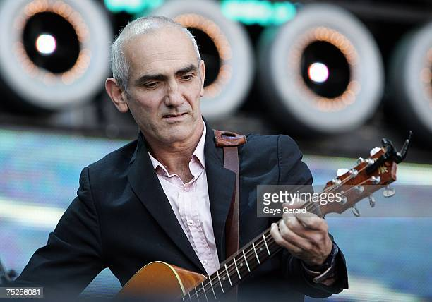 Singer Paul Kelly performs on stage at the Australian leg of the Live Earth series of concerts at Aussie Stadium Moore Park on July 7 2007 in Sydney...